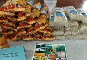 Một số sản phẩm được giao lưu tại sự kiện ngày hội khởi nghiệp các tỉnh miền núi phía Bắc.